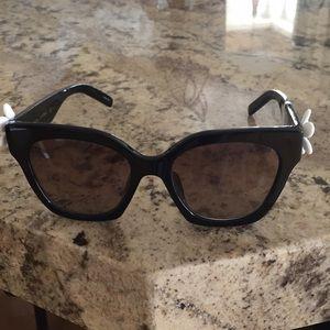 NWT Marc Jacobs daisy sunglasses